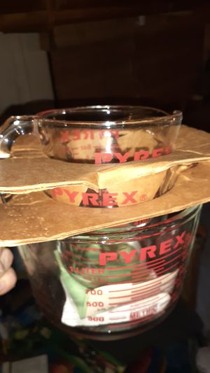 3 piece pyrex measuring cup set for Sale in Columbus, OH
