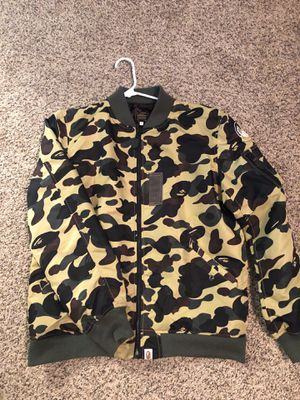 Bape yellow jacket authentic for Sale in Riverton, UT