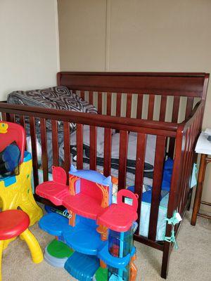 Crib with mattress for Sale in Orlando, FL