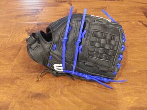 Wilson A1000 FPCAT softball glove for Sale in Winfield, IN