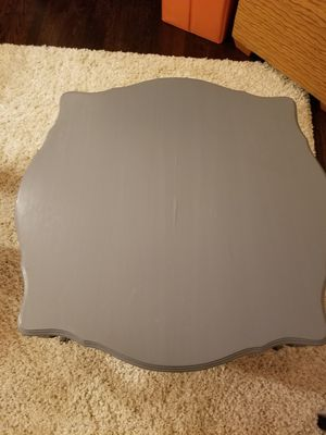Gray cocktail table for Sale in Detroit, MI