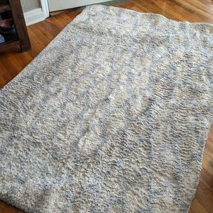 Safavieh Cream And Gray Rug 5x7 for Sale in Tampa, FL