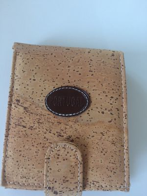 Brand New Cork Wallet -unisex for Sale in New York, NY