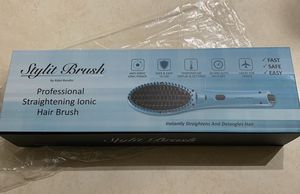 Stylist brush Prodessional Straightening ionic hair brush for Sale in North Highlands, CA