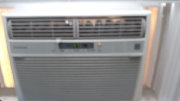 FRIGIDAIRE ac window unit