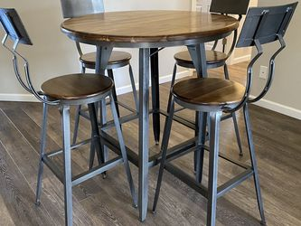 World Market Bistro Table With Chairs for Sale in Oregon City,  OR