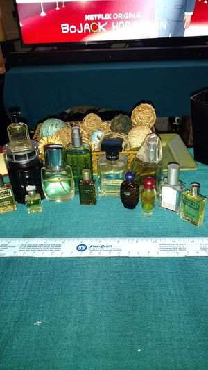 New and used 16 piece men's fragrance Ralph Lauren Burberry Lucky Brand and more for Sale in Dayton, OH