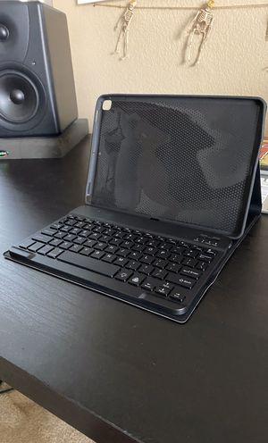Wireless Magnetic iPad Keyboard + Case for Sale in Eastvale, CA