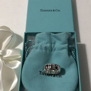 Authentic Tiffany & Co. Atlas ring for Sale in Queens, NY
