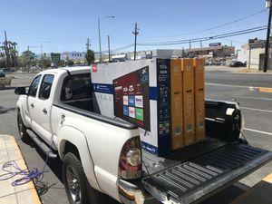 "65"" TCL 4K Roku smart led HDR TV for Sale in Las Vegas, NV"
