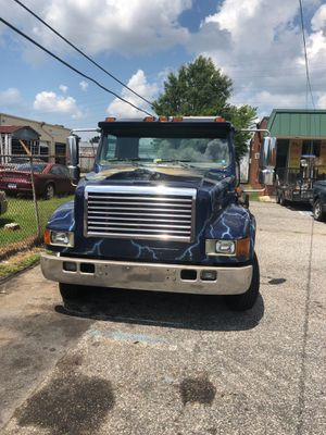 Flatbed with next towing in the back for Sale in Norfolk, VA