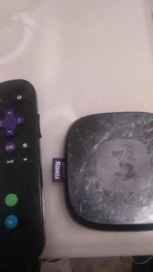 Roku 3 Streaming Box with remote for Sale in Fresno, CA