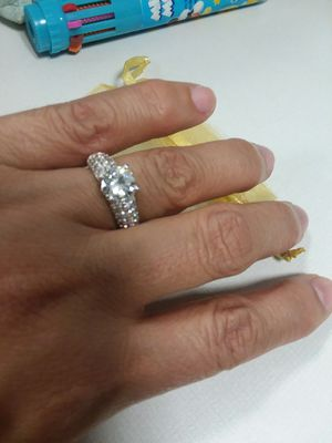 Beautiful PLATINUM PLATED Cubic Zirconia Ring for Sale in The Bronx, NY