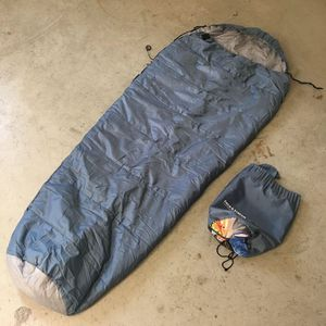 30 Degree FIELD & STREAM Sportsman Double Layer Mummy Sleeping Bag with Carry Bag for Sale in Arlington, VA