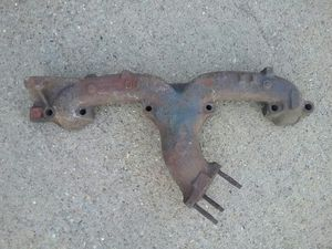 SMALL BLOCK CHEVY (LH) DRIVERS SIDE EXHUST MANIFOLD for Sale in Wichita Falls, TX