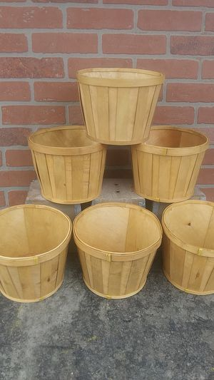 Wood flower pots for Sale in Carson, CA