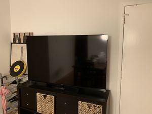 """OBO- Sony Bravia 60"""" LED Smart TV KDL - 60R510A for Sale in Miami, FL"""