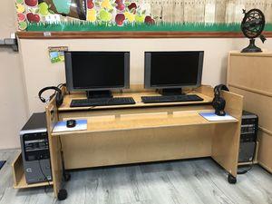 Kids computer desk for Sale in Hialeah, FL