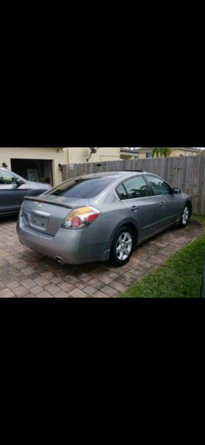Nissan altima 2.5 Sl for Sale in Miami, FL