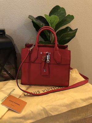 New Louis Vuitton city steamer 100% authentic. Retail $4500 on LV website for Sale in Puyallup, WA