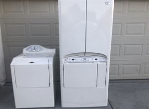 Washer and dryer/lavadora y secadora for Sale in North Las Vegas, NV