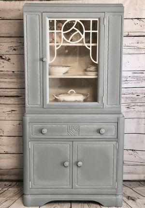 Antique China Cabinet for Sale in Carrollton, TX