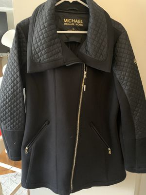 MICHAEL KORS COAT for Sale in Richardson, TX