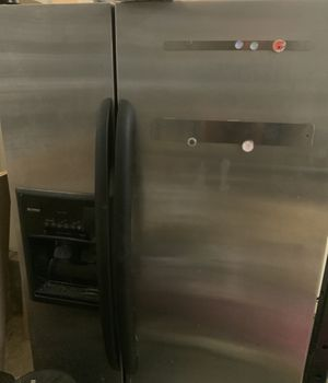 Kenmore stainless steel fridge and freezer. for Sale in Franklin, TN