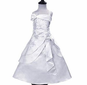 Communion/ flower girl dress for Sale in Montclair, CA