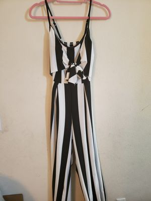 NEW JUMPSUIT for Sale in Bloomington, CA
