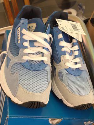 Adidas falcon para mujer brand new in box for Sale in Miami, FL