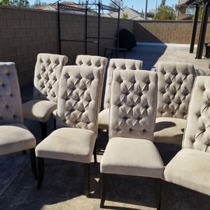 8 Dining Room Chairs for Sale in Rancho Cucamonga, CA