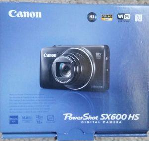 Canon Power Shot sx600hs digital camera 16 mega pixel 18 x optical zoom for Sale in Auburn, WA