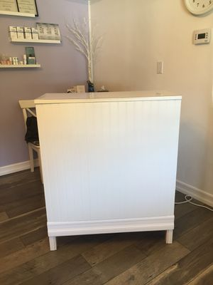 White Secretary/Writing Desk for Sale in Spring Valley, CA