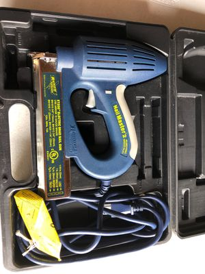 Arrow Nail Master 2 Electric Brad Gun with case for Sale in Sudley Springs, VA