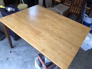 Kitchen table with chairs for Sale in Fort Collins, CO