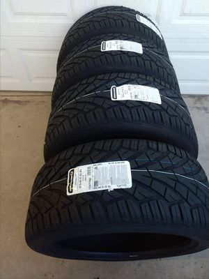 305/40/22 GENERAL tires new price is firm thanks for Sale in Montclair, CA