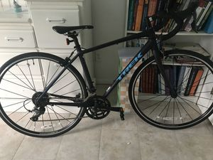 New trek road bike used only 3 times for Sale in Escondido, CA
