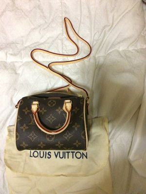 Louis Vuitton Small Bag for Sale in Piscataway, NJ