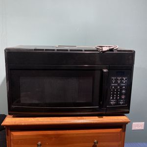 Large Stove Top Microwave for Sale in Silver Spring, MD