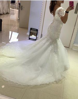 Matthew Christopher Designer Wedding dress for sale! for Sale in Staten Island, NY
