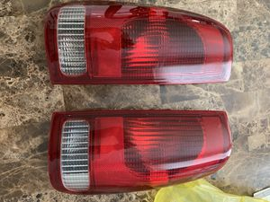 Used headlights for 2004 Ford F-250 súper duty for Sale in Tampa, FL