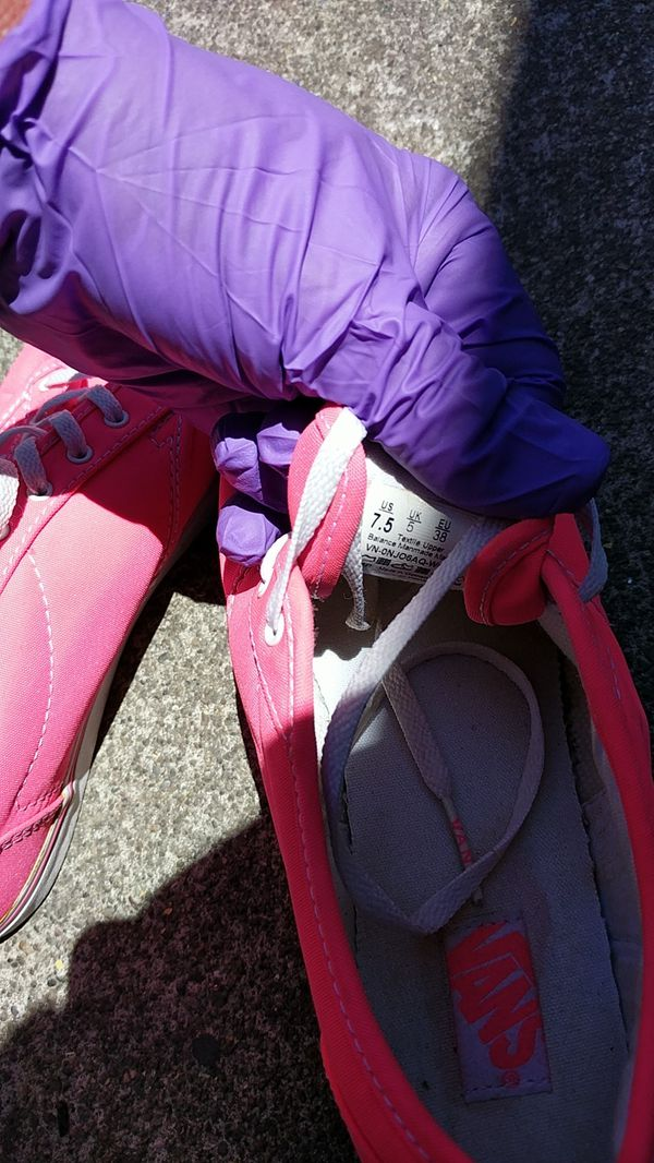 VANS HOT PINK 7.5 WOMANS