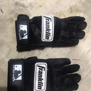 Franklin Batting gloves - Small kids for Sale in Seattle, WA