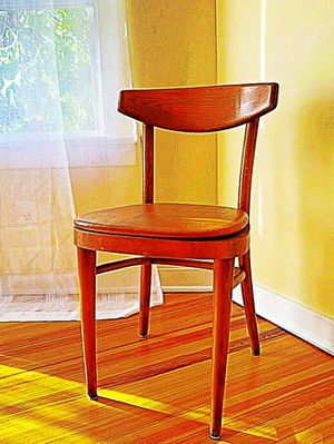 Wooden Shelby Williams Industries MCM chairs (4) with leather seat cushion. for Sale in Rowley, MA