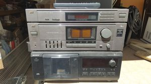 Stereo equipment with turntable for Sale in El Cajon, CA