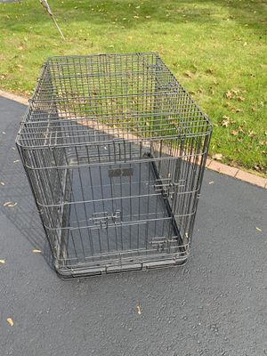 Very large dog cage with removable tray for Sale in Hightstown, NJ