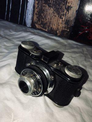 Spartus 35f model 400 film Camera. for Sale in Cockeysville, MD