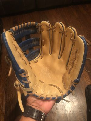 HEART of the HIDE Baseball Glove for Sale in San Antonio, TX