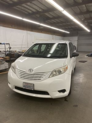 Toyota Sienna for Sale in Camarillo, CA